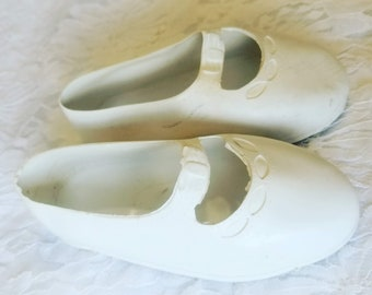 """Vinyl Doll Shoes ~ Fairyland? Marked 30 Made in USA ~ 4.5"""" Long ~ 2"""" Wide ~ Fits a 24-30"""" Large Composition or Porcelain Doll"""