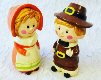 Thanksgiving Decor ~ 1960s Vintage Pilgrim Boy and Girl Figurines ~ Made in Korea ~ Thanksgiving Table Decorations