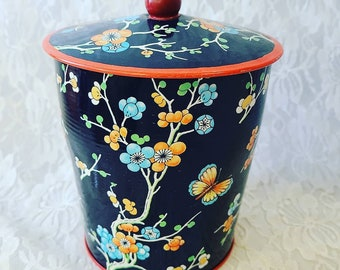 """Large English Tea Tin ~ Made in England ~ Canister ~ Unique Trinket Box ~ 6"""" by 5.25"""" Metal Container"""