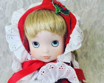 Christmas Doll Music Box ~ House of Lloyd ~ Holiday Decor ~ Christmas ~ Collectible Doll ~ With Tags