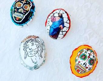 Set of 4 Day of the Dead Mosaic REAL Egg Ornaments ~ Holiday Decoration ~ Día de los Muertos ~ Retro Décor