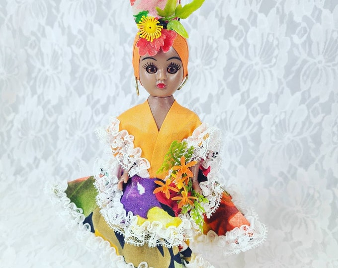 """Antique 8"""" Doll Jamaica Souvenir ~ Sleepy Eyes ~ Fruity Dress ~ Doll Stand Included ~ Dress Me Doll ~ 1950s Dolls of the World? Duchess?"""