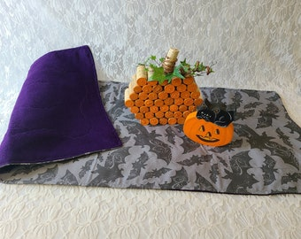 "Handmade! Big 35"" by 13"" Halloween Table Runner ~ BATS ~ Black ~ Unique ~ Quilt Style ~ OOAK Fall Decor ~ Purple on the Underside"