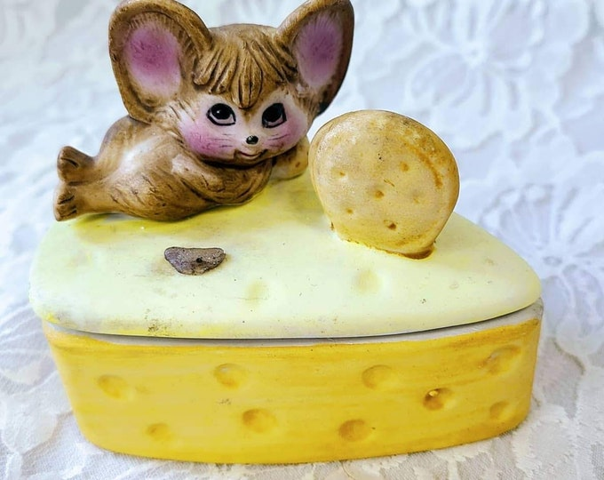 Trinket Box Vintage 1980s Retro Mouse on Cheese Bisque Porcelain Lidded Trinket Box