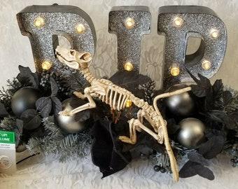 "Halloween Decoration Lighted Gothic Floral Arrangement ""RIP"" Rat Skeleton Home Decor"
