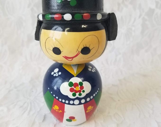 "Japan Japanese Kokeshi Nodder Bobble Head Kokeshi Doll 5""  Handmade Wood Peg Doll w/Moving Head"