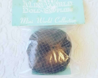 Doll Wig Size 8 Auburn Bob Style ~ Brand New In Package ~ Mini World Doll Supplies