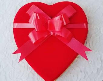 "Medium 7"" Vintage Candy Box Valentine Heart with Extravagant Bow ~ Valentine's Day ~ Empty Candy Box"