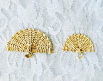 """Vintage DESTASH Lots of 5 ~ Wicker Rattan Miniature Fan Fans ~ 2 Sizes, 2"""" and 2.5"""" ~ Floral ~ Crafting"""