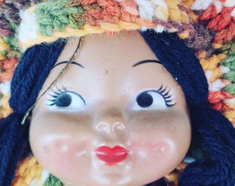 Vintage 1970s Native American Doll Head Pot Holder ~ Wall Hanging ~ Knit Art ~ Very COOL 1970s RETRO