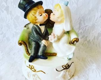 Antique 1950's Bride and Groom Figurine ~ Wedding Cake Topper ~ Albert Price ~ Price Imports ~ Great Condition ~ Couple Gift ~ Anniversary