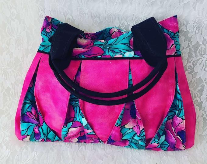 Handmade AMAZING Vintage Style Purse ~ Shoulder Bag ~ Handbag ~ Perfect for Phone and Essentials ~ OOAK Satchel