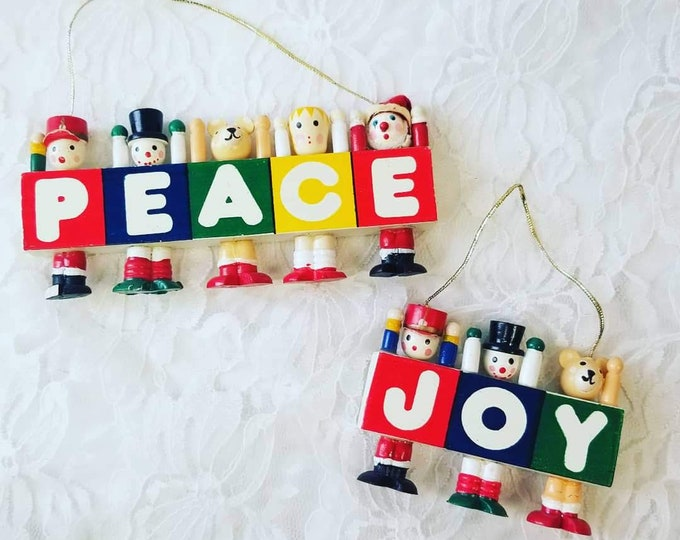 Vintage Erzgebirge Handmade Wood Christmas Decoration ~ Vintage German Christmas Decor ~ Holiday Treasure ~ Heirloom