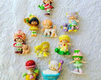Vintage Lot of Ten (10) 1983 Vintage PVC Miniature Figurines Strawberry Shortcake Dolls and Friends Lot Kenner Apricot Blueberry
