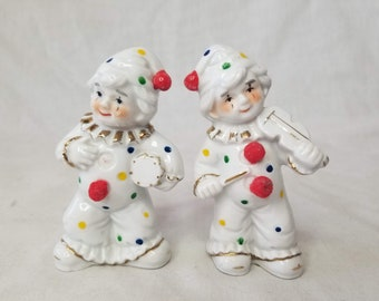 Set of 2 Vintage Ceramic Clown Musician Statues Figurines ~ Made in Japan ~ 1950s ~ Shabby Clowns