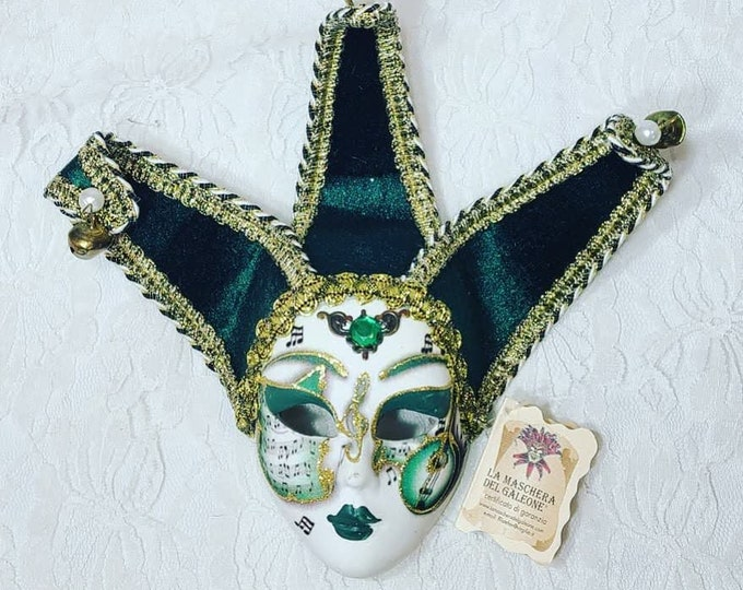 "Beautiful Green Small 8"" Venetian Mask ~ Made in Italy ~ Harlequin Mardi Gras New Orleans ~ Comes in Gift box"