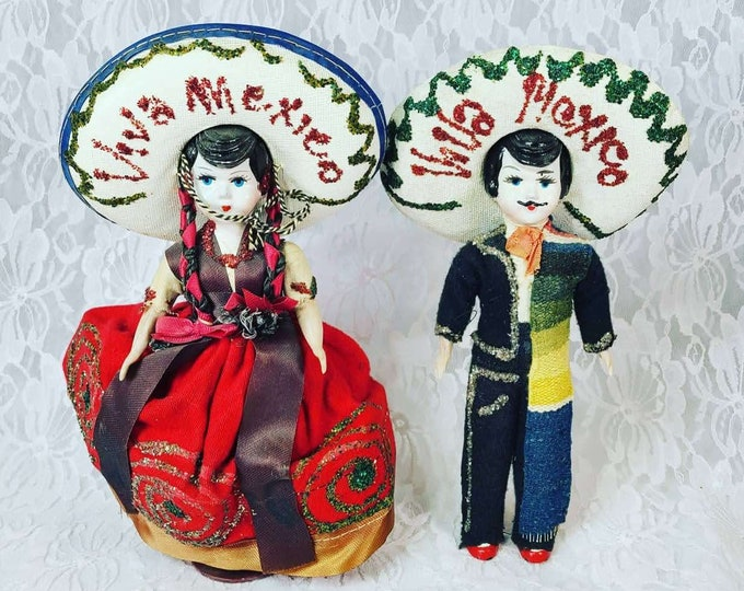 """Mexico ~ 1950s Man and Wife Set of Two (2) Dolls ~ Mexican Folk Art ~ 8"""" Souvenir of Tijuana, Mexico"""