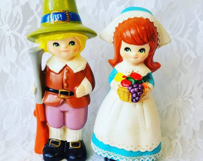 Thanksgiving Decor ~ Vintage Napcoware Pilgrim Boy and Girl Figurines Thanksgiving M 8228 Japan