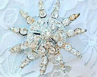 Antique Silvertone 1950s Atomic Starburst Clear Cut Glass Rhinestone Brooch ~ Silver Paste Brooch ~ Vintage Rhinestone Pin
