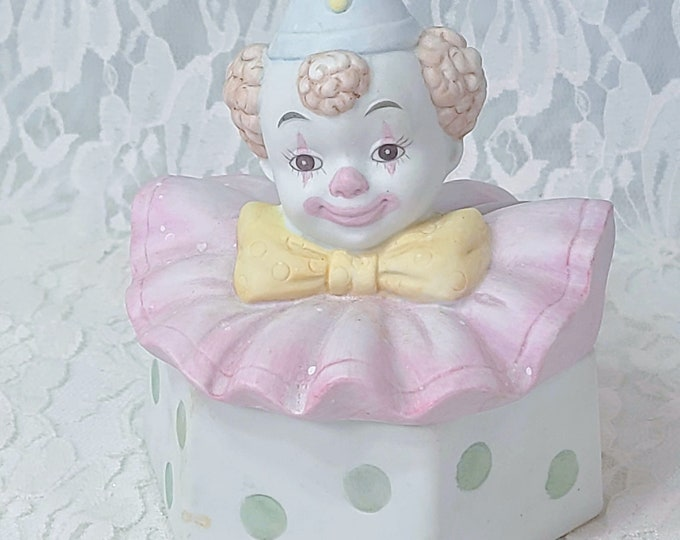 Pastels! Beautiful French Mime Pierrot Harlequin Clown Trinket Box ~ Porcelain Container ~ Trinket Ring Gift Box