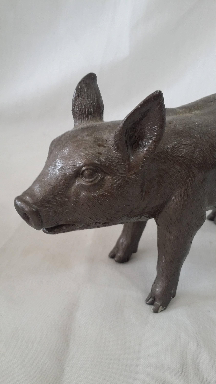 Kitschy Kitchen Decor Plastic Pig Piggy Piglet Figure Figurine Statue Primitive Rustic Home Decor