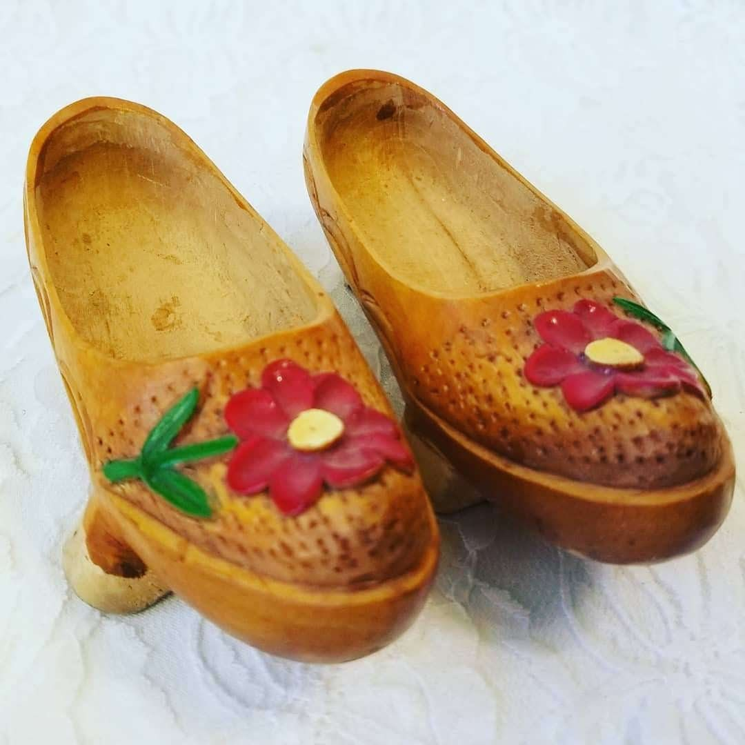 73d8890f78bd4 Handmade Wooden Carved Chinese Asian Shoes ~ Wood Carved Child's or ...