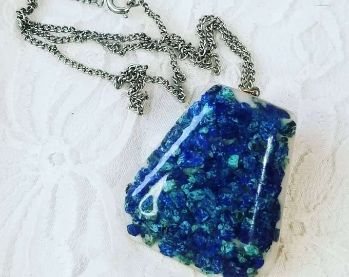 Vintage 1970s Chrysoprase, Turquoise and Sodalite Necklace~ 1970s Resin ~ Crystal Magick ~ Energy ~ Spiritual Intuition ~ Geometric Design