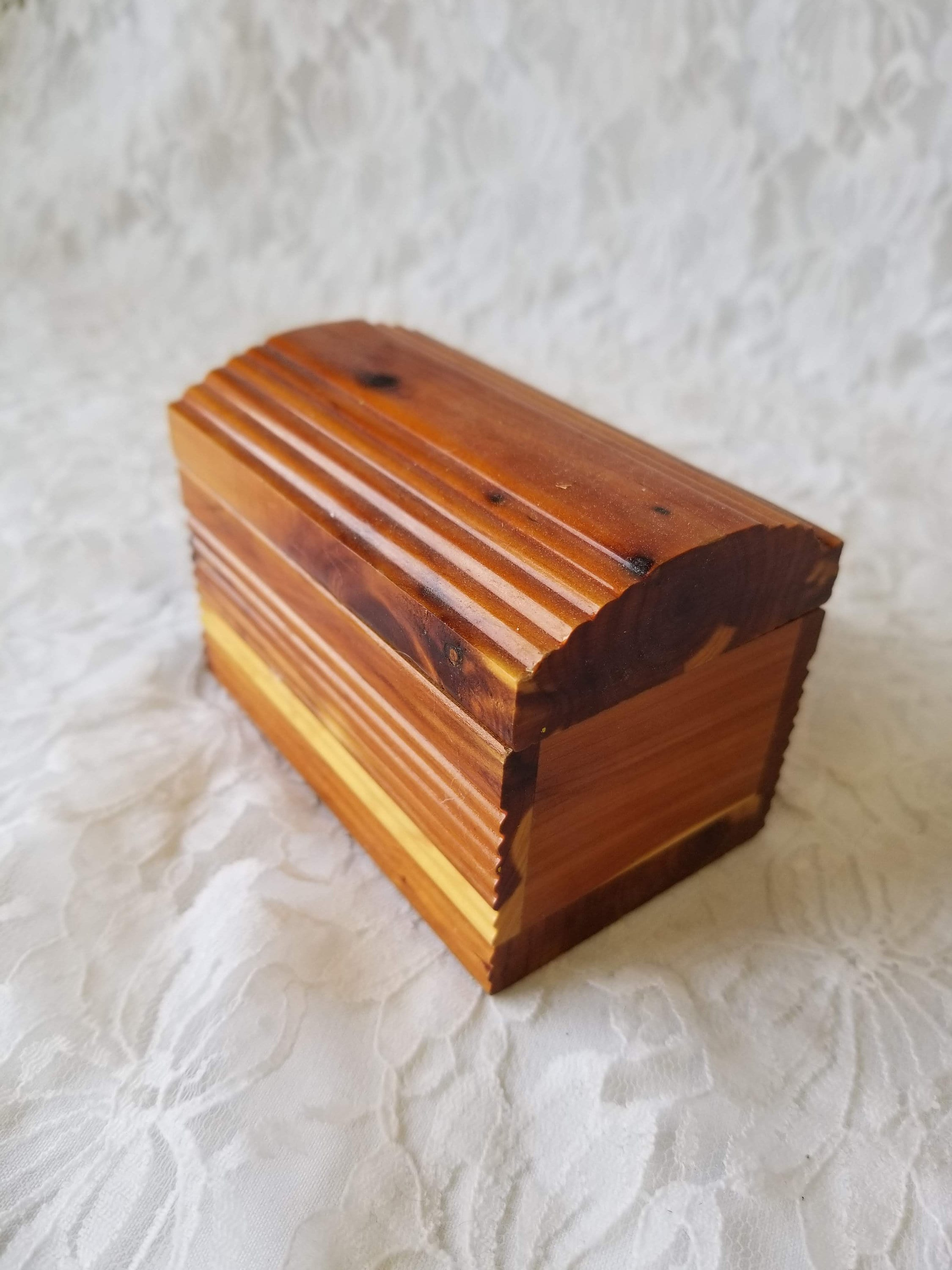 Cedar Chest Wooden Jewelry Box Treasure Chest Wood Watch Or Bracelet Box Altarpiece Doll Sized Chest Cedar Wood