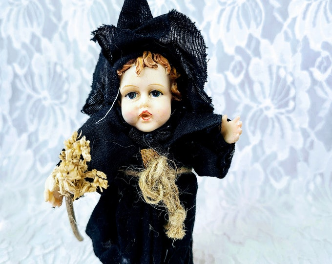 """Vintage Little Witch with Broom Halloween Resin Sculpture 6"""" Figurine ~ K's Collection ~ Halloween Décor ~ Fall Decoration"""
