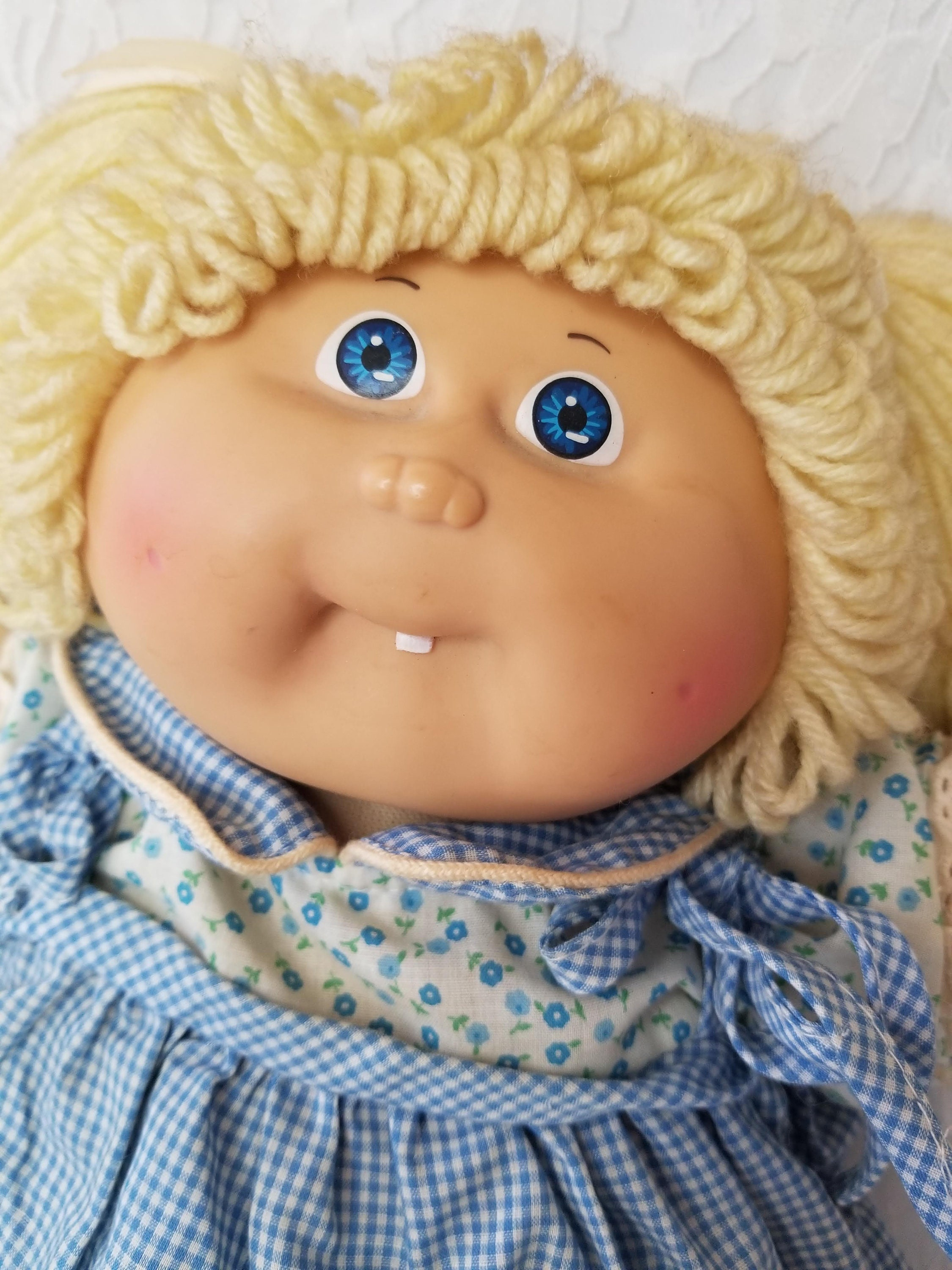 Vintage cabbage patch doll xavier roberts coleco 1985 signed boy.