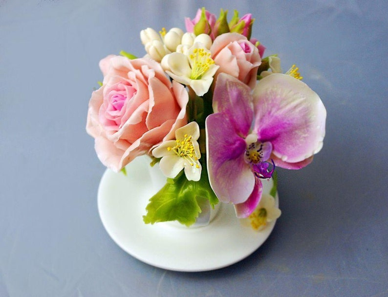 Flower Arrangements Home Decor Cup With Rose And Orchid