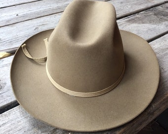 7a799482450 Vintage Stetson Royal De Lux Hat-Tan Felt Stetson De Luxe Hat-Vintage  Stetson -Tan Stetson-Felt-Size