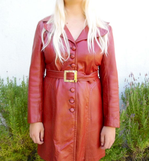 Women's Vintage Leather Trenchcoat-Belted Trenchco