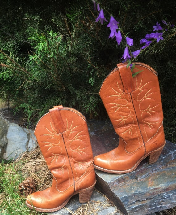 Frye Boots-Vintage Frye Boots-Bintage Cowgirl Boot