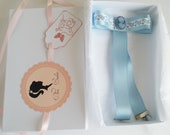 Baby blue bow and cameo w...