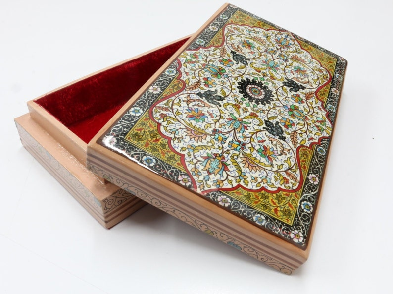 Ideal for storage /& gifting.Lined with velvet to keep your jewelry looking its best Hand Crafted Rectangular Floral Paper Mache Jewelry Box