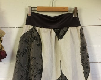 Plus size skirt, Black Leaf, Unique, Skirt with linen and other unknown fiber, Made in Quebec, Eco-responsible, Original skirt, Beige, Doubled