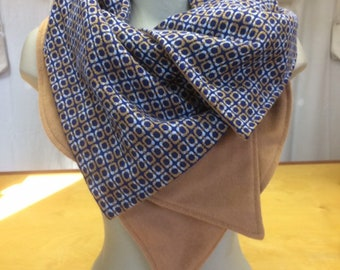 Col M, Reversible, Scarfs, Collar, ,Snood, Made in Canada, wool, beige, blue