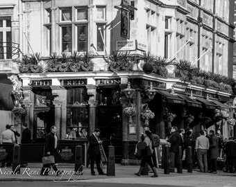 The Red Lion - A Pub in Westminster - London, England