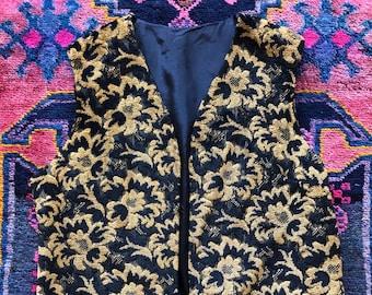 9e9e7ef9 Vintage 1960/70s Carpet Bag Tapestry Vest