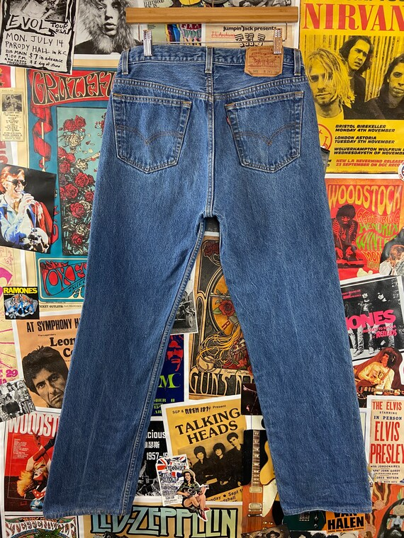Vintage 1990s Medium Wash USA Levis 501s 32/33W B… - image 2