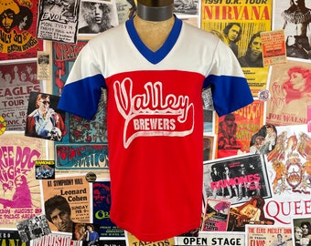 Vintage 1970s Red White + Blue Valley Brewers Russell Athletic Nylon Short Sleeve V-Neck #11 Graphic Ringer Jersey Shirt