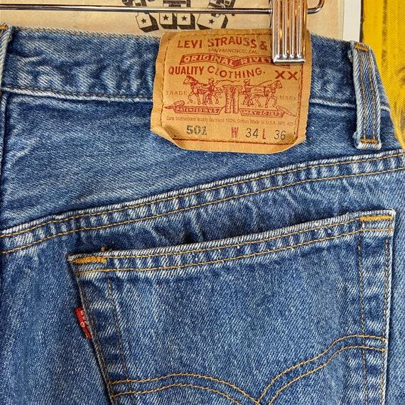 Vintage 1990s Medium Wash USA Levis 501s 32/33W B… - image 6