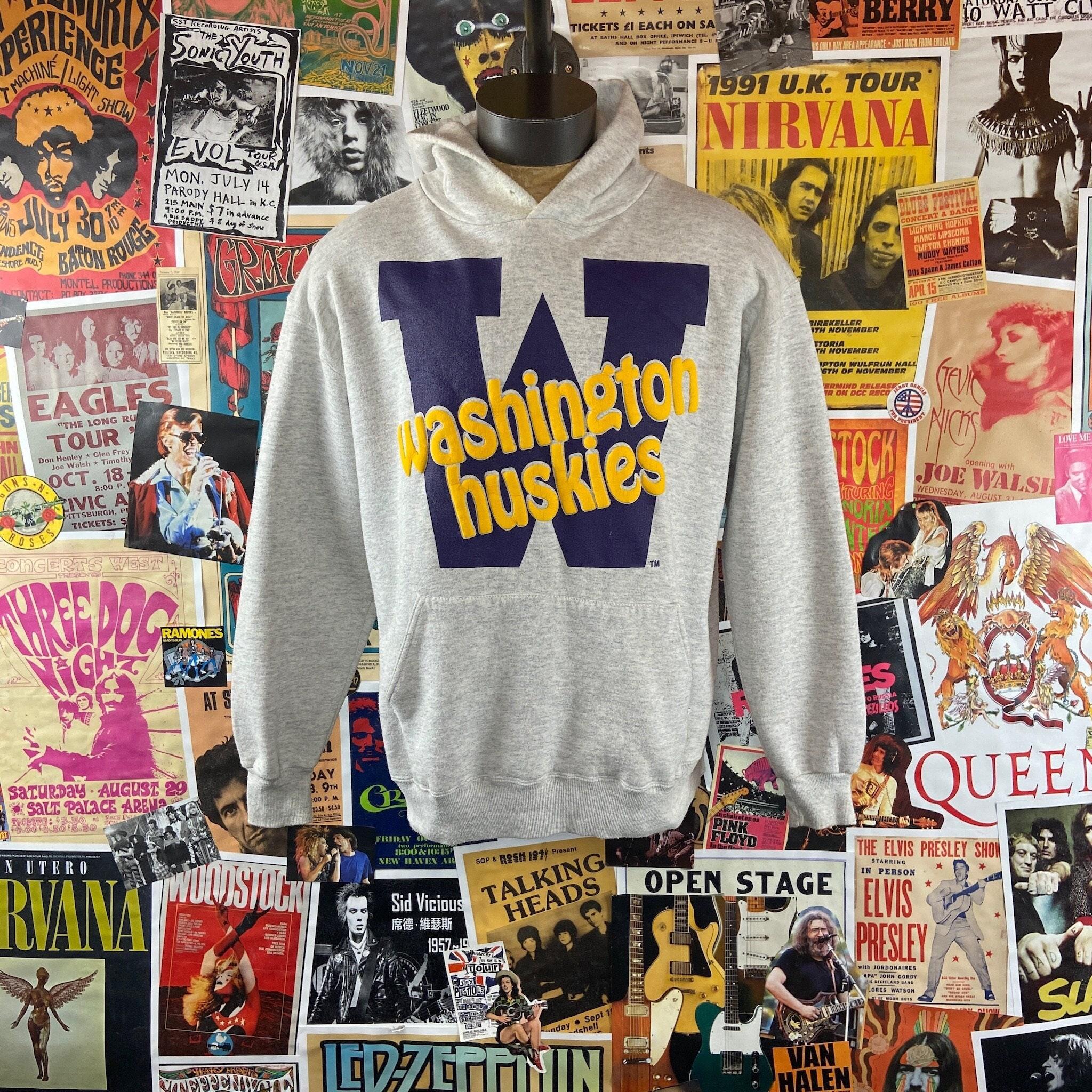 80s Sweatshirts, Sweaters, Vests | Women Vintage 1980S-90S Grey Uw University Of Washington Huskies Graphic Pullover Hoodie Sweater $48.00 AT vintagedancer.com