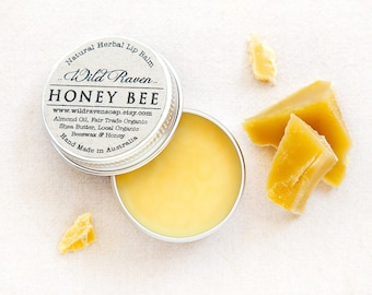 Honey Bee Lip Balm // Handmade with All Natural Herbal Ingredients // Palm Oil Free