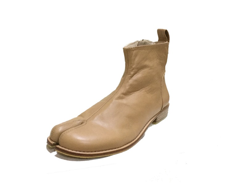 Tabi boots Japanese boots Split toe boots ankle booties-Pre image 0