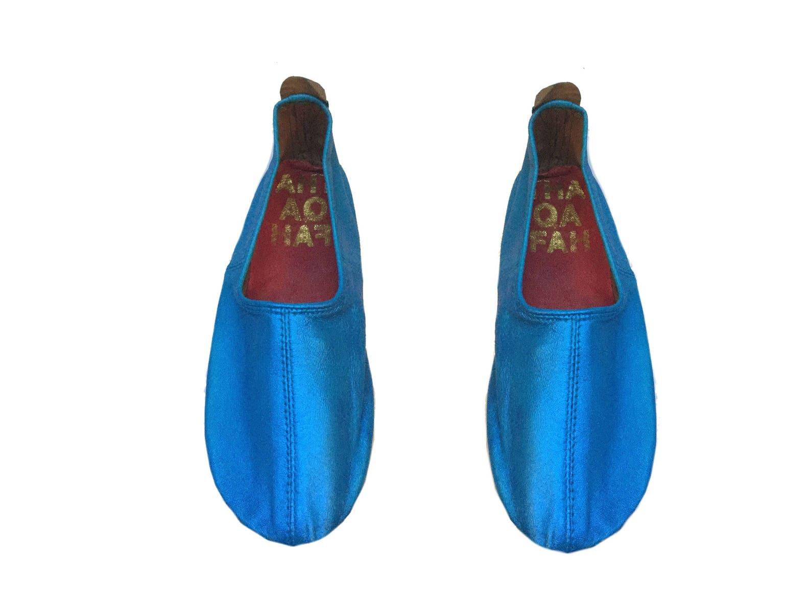 tabi socks,barefoot shoes, travel shoes,glove shoes, earthing shoes ,ballet flats, (blue metallic)