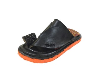 Saudi sandals, leather flip flops, traditional sandals, women's sandals