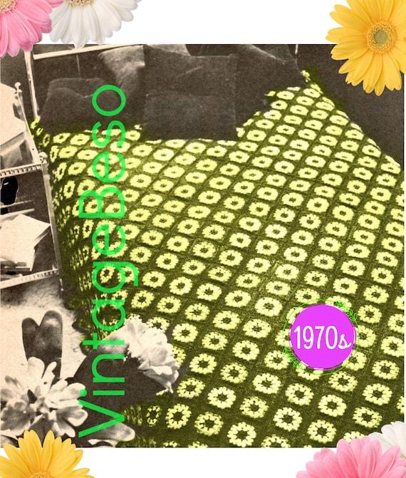 Daisies Afghan Crochet PATTERN • 1970s Vintage Afghan Pattern • A Field of Daisies • blanket bohemian Daisy Flower • Watermarked PDF Only