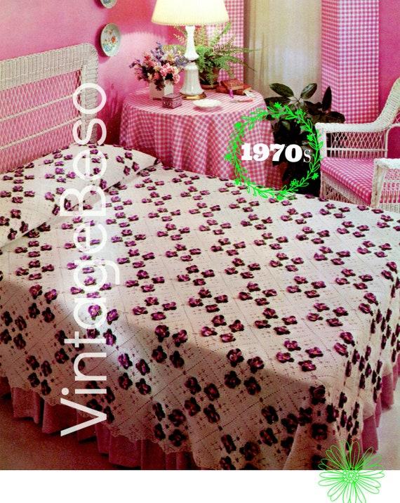 Pansy Bedspread Crochet PATTERN • INSTANT DOWNlOAD • PdF Pattern • 1970s Vintage Afghan Pattern • blanket bohemian Pansy Flower